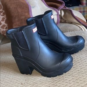 RARE Hunter chelsea booties boots